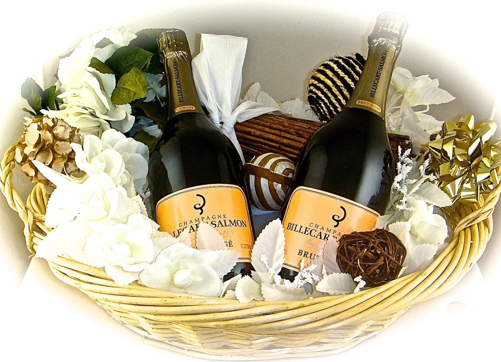 Wine, Champagne & Liquor Gift Baskets