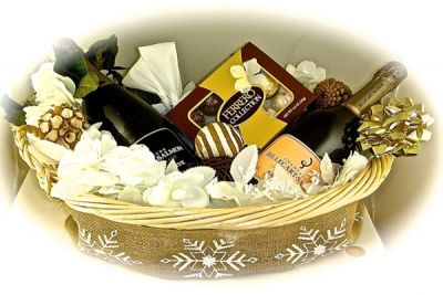 Build-Your-Own Gift Baskets from Boston Alcohol Delivery Company Colonial Spirits Delivers